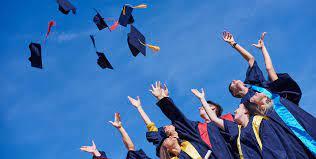 Cérémonie de remise des diplômes - Ecole de commerce et de langues à Paris